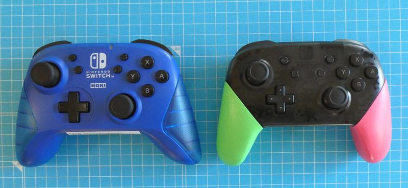 「ワイヤレスホリパッド for Nintendo Switch」と「Nintendo Switch Proコントローラー スプラトゥーン2エディション」の比較画像